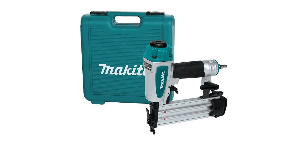 Best Convenient Brad Nailer: Makita AF505N Brad Nailer